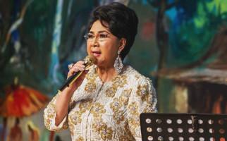 Eyang Titiek Puspa: Tuhan... Aku Sudah Nggak Kuat - JPNN.com