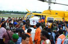 Pesawat Caribou Ditemukan Hancur Berkeping-keping, 4 Kru Tewas - JPNN.com