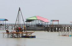 Asyiik! Tahun Depan, Surabaya Punya Kereta Gantung - JPNN.com