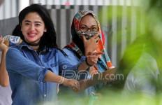 Dewi Perssik Sempat Pamitan - JPNN.com