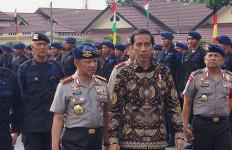 Jokowi Minta Umat Islam Lindungi Minoritas - JPNN.com