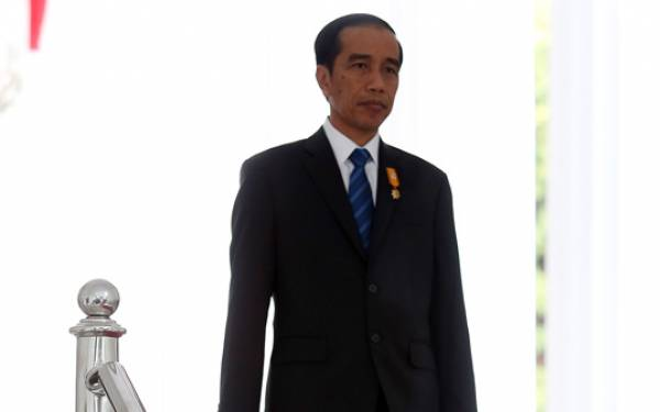Peneliti: Jokowi Sulit Dimakzulkan, Santai Saja - JPNN.com