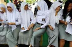 Kabar tak Enak Bagi Guru Madrasah - JPNN.com