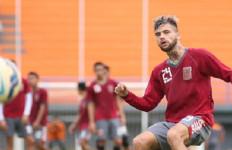 Pusamania Putuskan Pecat Diego Michiels - JPNN.com