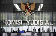 Diduga Mainin Perkara, KY Tengah Awasi Dua Hakim Ini - JPNN.com