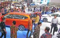 Otomotif Mulai Bangkit, Penjualan Mobil Lampaui 2015 - JPNN.com
