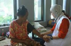 Tolong..Korban Banjir Mual dan Alami Gatal-Gatal - JPNN.com