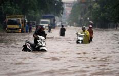 Duh Gusti, Banjir di Samarinda Semakin Mengerikan - JPNN.com