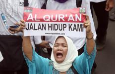 Jutaan Massa, Jangan Lupa Sajadah, Bekal Bawa Sendiri - JPNN.com