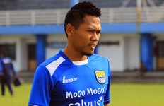 Djanur Plot Tony Sucipto Jadi Center Back Jelang Hadapi Perseru - JPNN.com