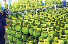 Warga Kesulitan Cari Gas LPG 3 Kg - JPNN.com