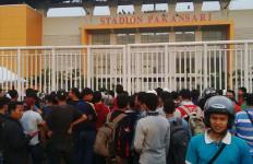 Antusiasme Supporter Timnas Mulai Terasa di Stadion Pakansari - JPNN.com