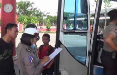 Polisi Sibuk Razia Warga yang Akan ke Jakarta - JPNN.com
