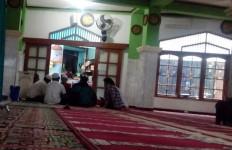 Beginilah Situasi Masjid dekat Markas FPI Jelang 212 - JPNN.com