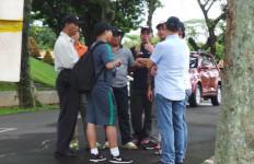 Pengamanan Lebay Pria Berbadan Kekar untuk Timnas - JPNN.com