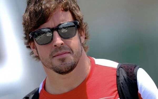 Alonso Pole Position jadi Pengganti Rosberg - JPNN.com