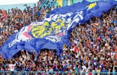 Maaf, Arema FC Tidak Menerima Pelatih Asing yang Fresh - JPNN.com