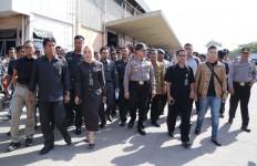 Kawal Eksekusi Lahan KBN, Polres Jakarta Utara Dapat Acungan Jempol - JPNN.com