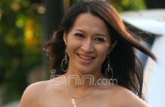 Okie Tampil Vulgar dengan Peran Lesbi - JPNN.com