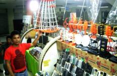 Antena UHF Laris Manis di Glodok - JPNN.com