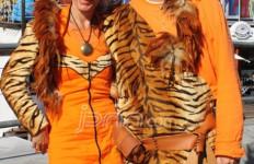 Baju Oranje Rancangan Sendiri - JPNN.com