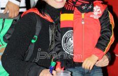 Ibu-Anak Dukung Jerman - JPNN.com