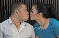 Ciuman Bibir, KD-Raul Dinilai Pornografi - JPNN.com