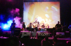 Sandhy Sondoro Makin Digilai Penggemarnya - JPNN.com