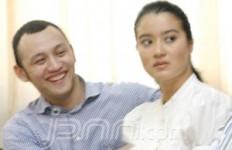 Kumel, Marcella Didamprat Nyokap - JPNN.com