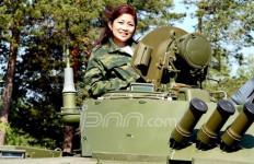 Fera Arsiantie, Perempuan di Balik Pembelian 17 Tank Amfibi Rusia - JPNN.com