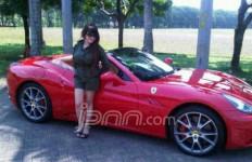 Malinda Dikenal Antusias Diskusi soal Ferrari - JPNN.com
