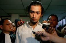 Revaldo Tetap Usaha Dapat Rehabilitasi - JPNN.com