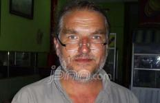 John Stanmeyer, Fotografer Profesional AS 10 Tahun Berburu Gambar Soekarno - JPNN.com