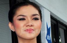 Vicky Shu Nggak Takut Dicekal - JPNN.com