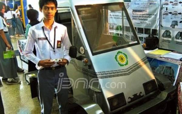 Wisnu Cahyo Purnomo, Siswa Jogja yang Menciptakan Mobil Lipat - JPNN.com