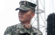 Selesai Wamil, Hyun Bin Menangis - JPNN.com