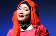 Fatin Minta Dicarikan Guru Vokal yang Galak - JPNN.com