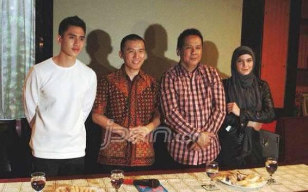 Buku Laris Felix Siauw Diangkat ke Layar Lebar - JPNN.com