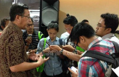 Komoditi Tambang Lesu, Truk Hino Tetap Diminati di Sektor Lain - JPNN.com
