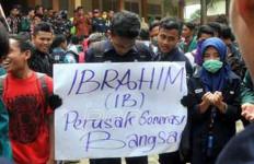 Waduh, Ada Dosen IAIN Dituding Nafsu Sama Mahasiswinya - JPNN.com