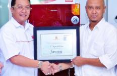 "Polytron Belleza, Kulkas Pilihan Masyarakat Itu Terima Anugerah ""The Best Editor's Choice"" - JPNN.com"
