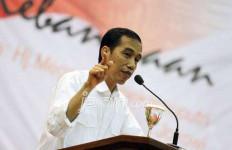 Jokowi: Sampai Detik Ini tak Ada Pemikiran Minta Maaf ke PKI - JPNN.com