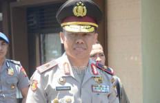 Wow....Sebulan Jabat Kapolda Malut, Pecat 7 Polisi - JPNN.com