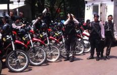 Diduga The Jakmania Digebuki, Wartawan Dilarang Ambil Gambar - JPNN.com