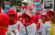 Politikus PDIP Ini Tuding Aksi Demo Bidan Desa PTT Ada yang Bayar - JPNN.com