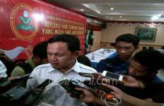 Nah Lho.. Wali Kota Bogor Pengin Nimpuk Pengamat Politik - JPNN.com