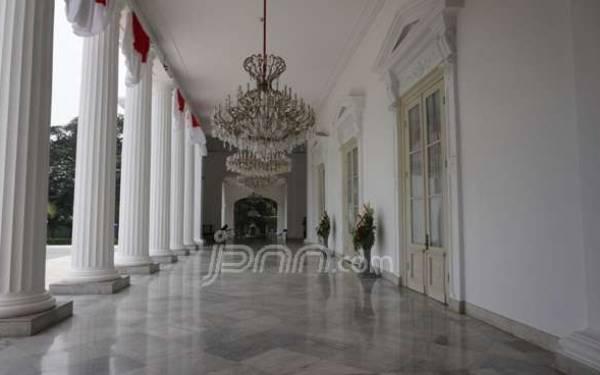 SEREM! Di Istana Merdeka Banyak Hantu, Mulai Noni Belanda Hingga Perempuan Keluar Sumur - JPNN.com