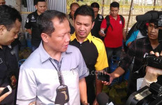 Polisi 'Panen', Sita Dua Kontainer Obat Kuat - JPNN.com