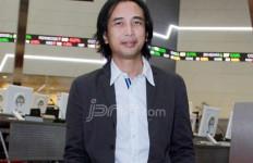 Piyu Ogah Cerai, Begini Alasannya - JPNN.com
