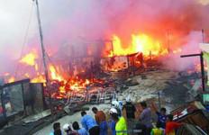 Duar !! Rumah Makan Padang Meledak, 25 Rumah Terbakar - JPNN.com